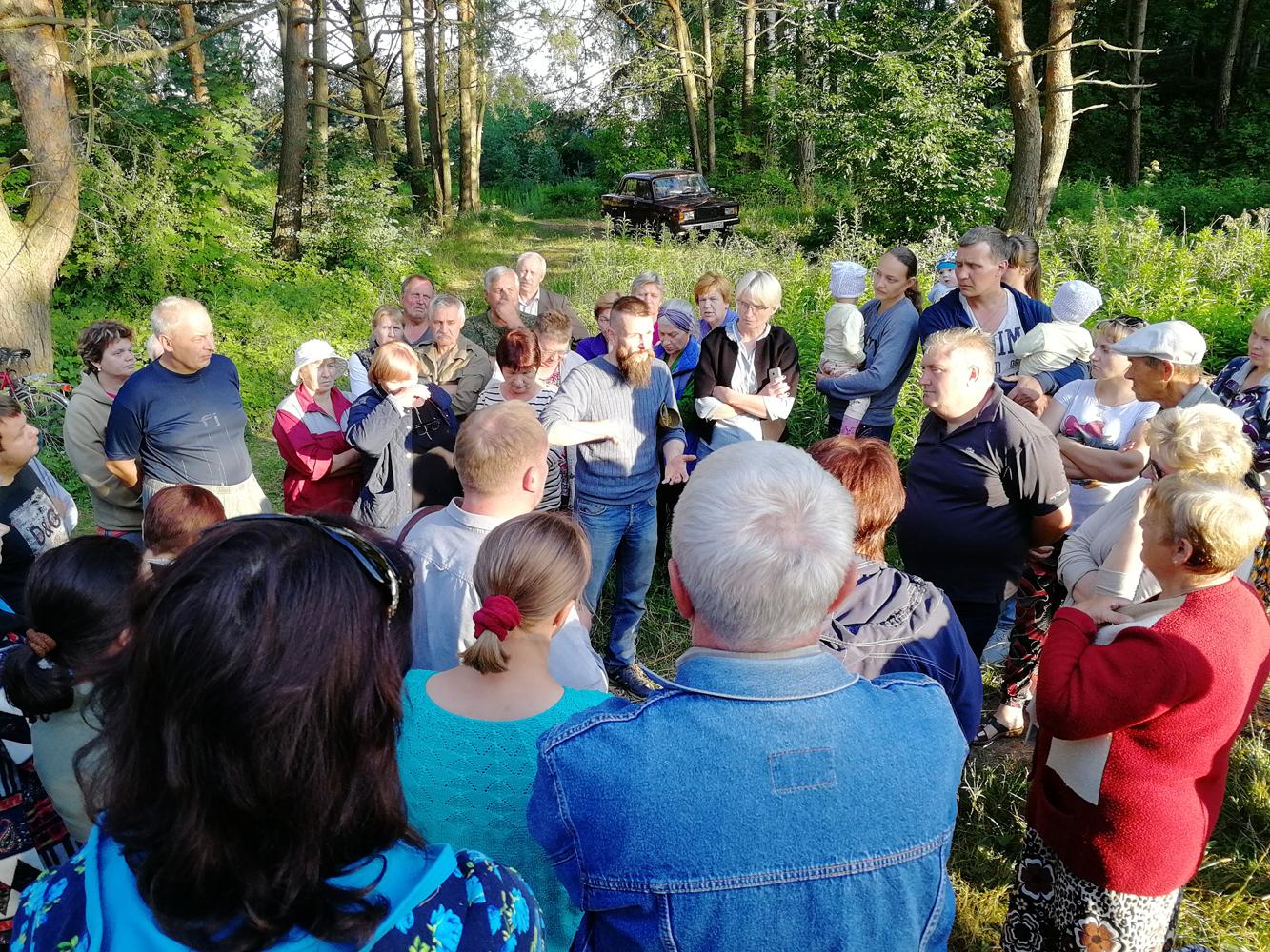 Встреча с жителями д. Глущенки и д. Гнёздово по вопросам сохранения Гнёздовского комплекса